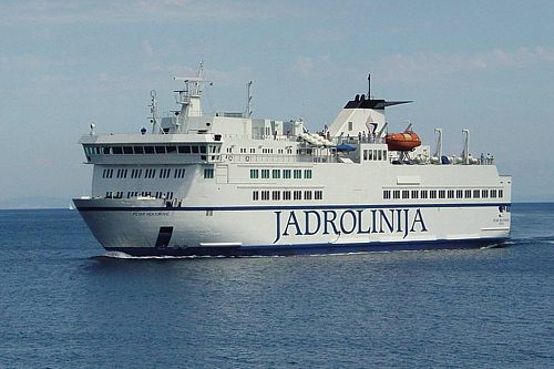 Ferries Brac Ferry Split Supetar Makarska Sumartin